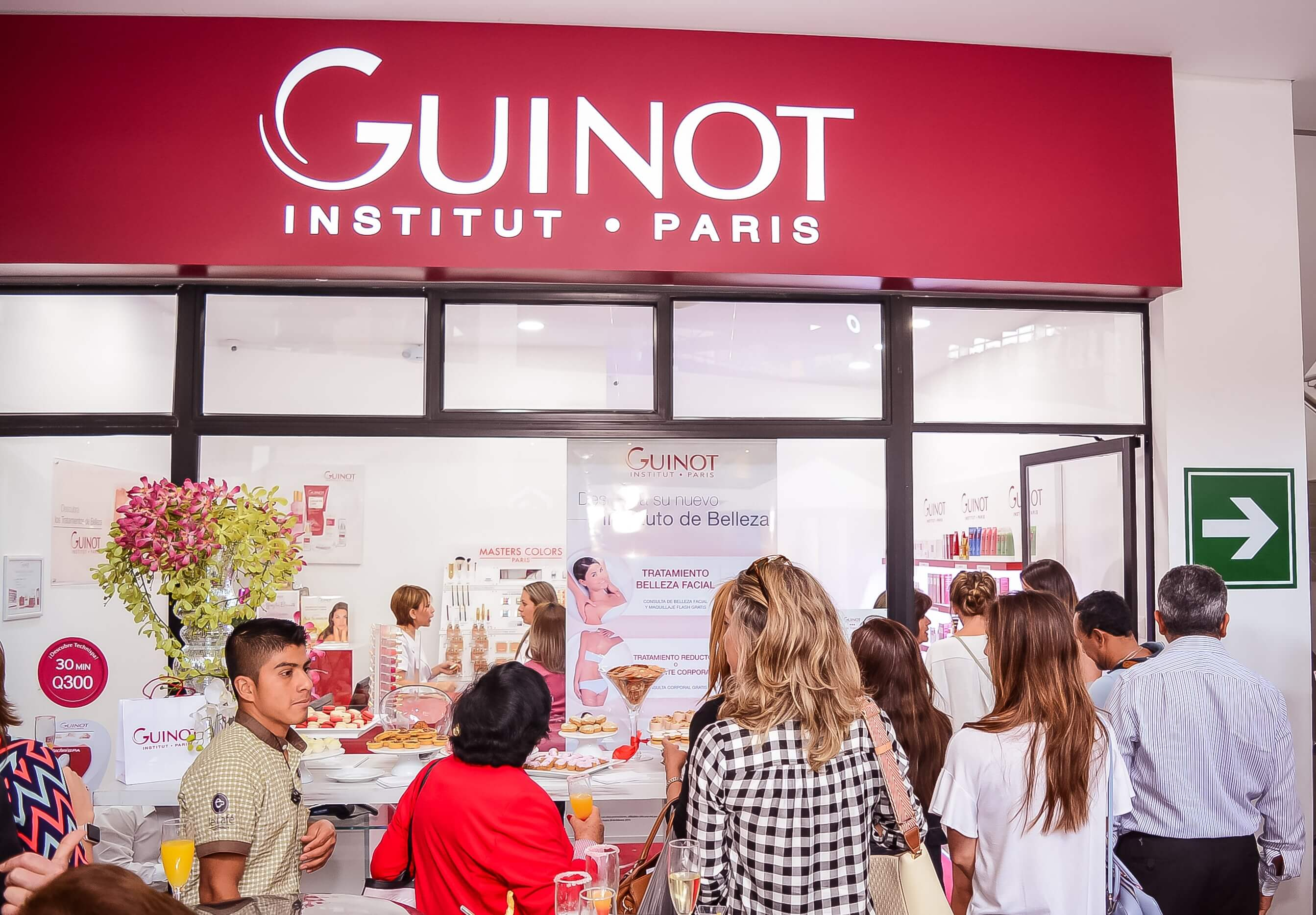 Vidriera Instituto Guinot